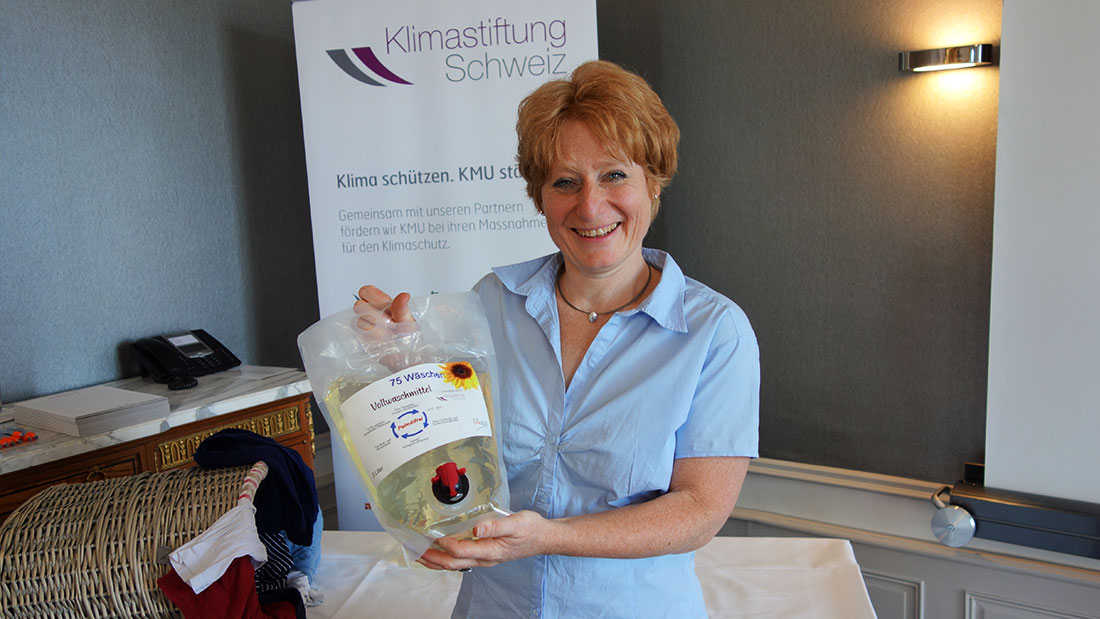 Regine Schneider has developed a plant-based detergent without palm oil. The recipe is secret.