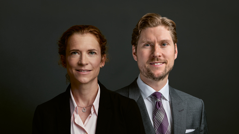 You can see a portrait of the two current members of the Board of Directors from the Vontobel family: Dr. Maja Baumann, Hans Vontobel's granddaughter, and his great-nephew Björn Wettergren.